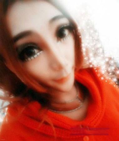 دختر خوشگل و زیبارو با چهره عروسکی !+ عکس