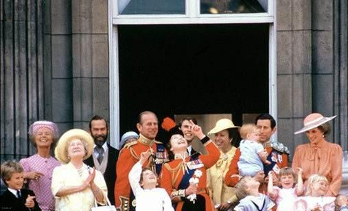 عکس های زمان کودکی کیت مدیلتون و شاهزاده ویلیام