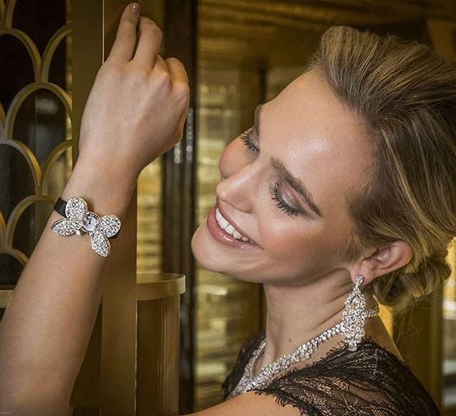 ست کامل جواهرات خیره شونده محصول 2020