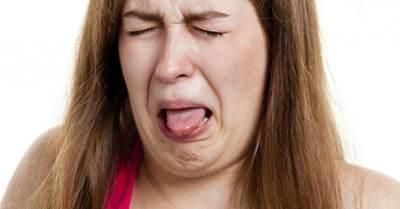 چگونه بعضی اوقات دهان بوی فلز میگیرد ؟