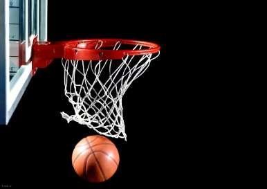 بازیکن بسکتبال در حین بازی کاسه چشمش در آمد + عکس