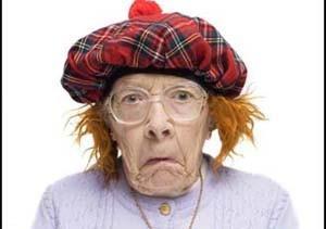 داستان خنده دار پیر زن باهوش در آخرای عمرش