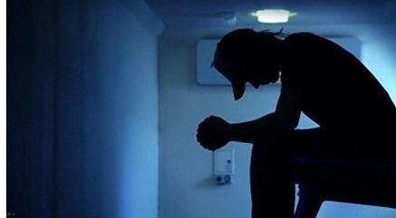 زندگی ناآرام زن 29 ساله با همسر معتادش منجر به کتک کاری شد !
