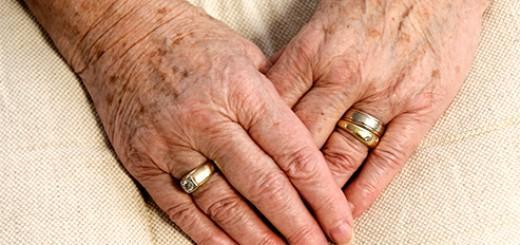 برطرف كردن لكههای پیری