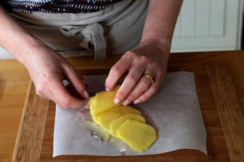 طزر درست کردن سیب زمینی تنوری به شکل گل رز