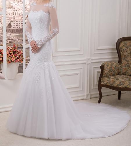 انواع مدل های لباس عروس طرح آستین دار