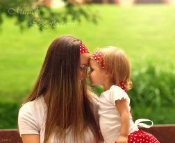 شعر روز خنده دار مادر و دختر