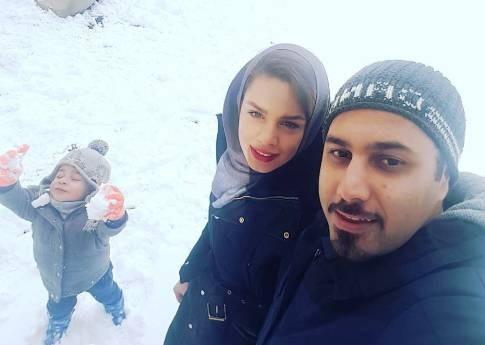 برف بازی خانوادگی احسان خواجه امیری و همسرش