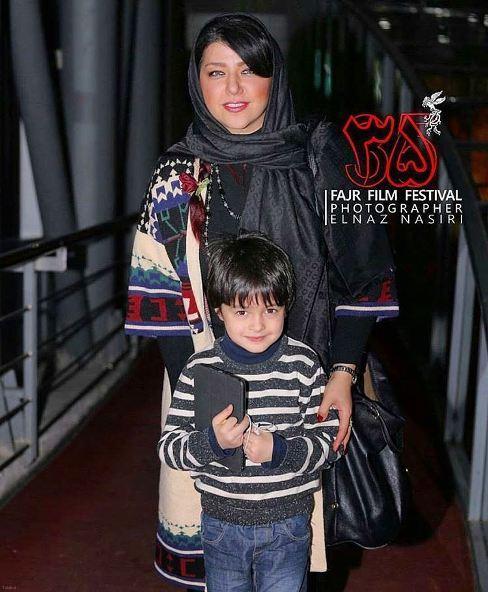 تصویر همسر و فرزنده شهاب حسینی در جشنواره فیلم فجر 95