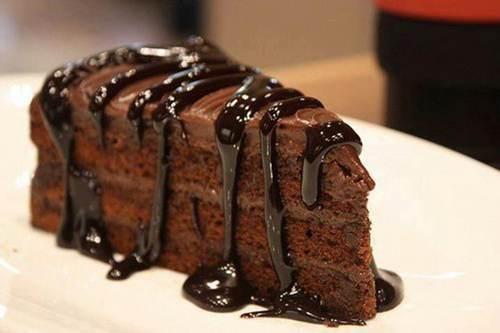 آموزش تهیه کیک چاکلت به همراه کرم پرتفالی خوش طعم