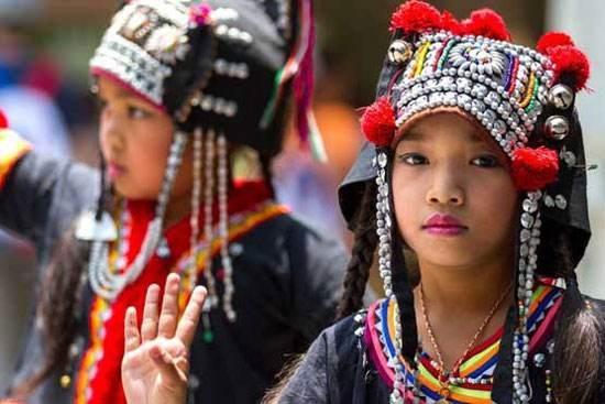 معرفی لباس های محلی زنان در کشورهای گوناگون