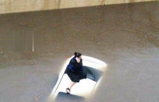 تصاویر جدید از عکسهای خنده دار و سوژه روز ایران