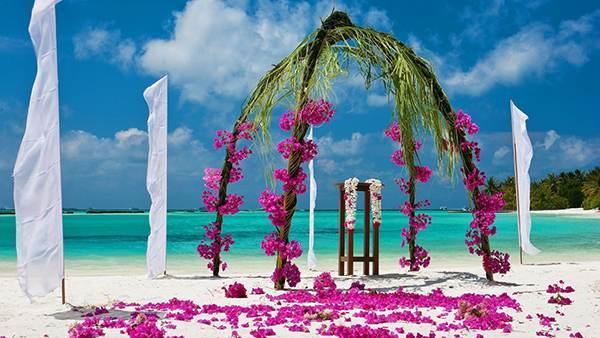 جاذبه گردشگری و عروسی های رویایی در دریای جزایر مالدیو + عکس
