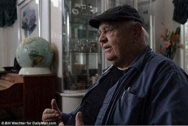 آشنایی با مردی که 50 سال منجمد بوده است و الان زنده است (عکس)