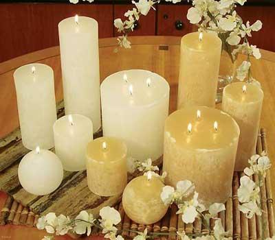 نمونه زیبایی از تزیین شمع های سفره