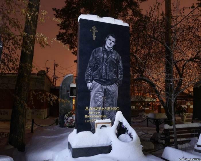 آشنایی با قبرستان عجیب ویژه سربازان در روسیه + عکس