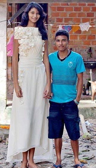 تصویری از بلندترین عروس دنیا