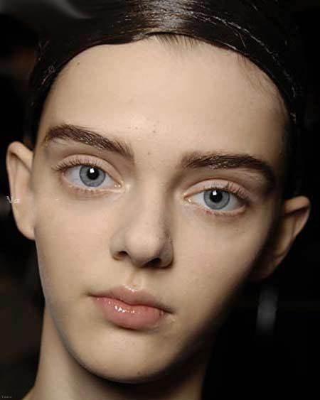 دختر مدلینگ زیبا با صورت عجیب و چشمان درشت (عکس)