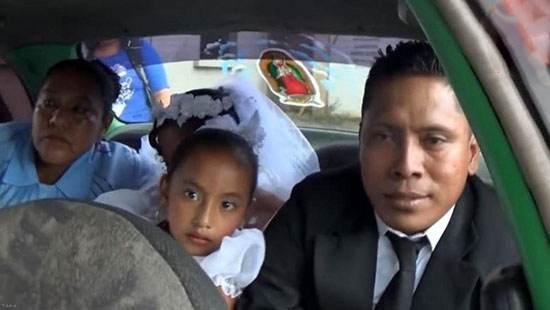 خراب کردن عروسی داماد با دختر جوان توسط همسر اولش (عکس)