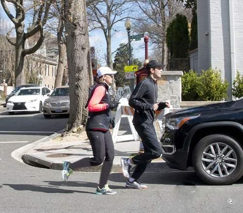 عکس هایی از ورزش صبحگاهی ایوانکا ترامپ و همسرش