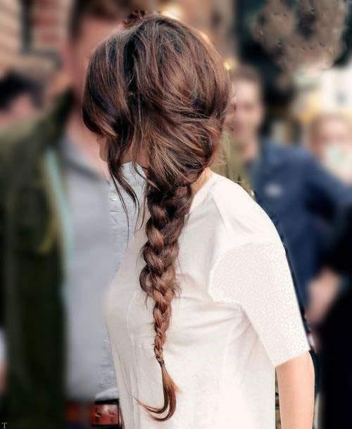 عکس هایی از تمام مدل موهای سلنا گومز خواننده معروف