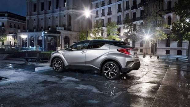 مشخصات اتومبیل تویوتا C-HR و رونمایی در ایران