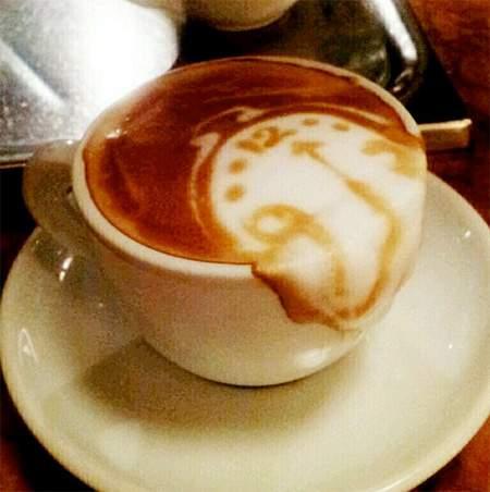 طرح های زیبا و خلاقانه روی قهوه