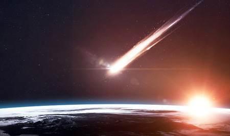 یک شهاب سنگ غول پیکر در کویر لوت پیدا شد (عکس)