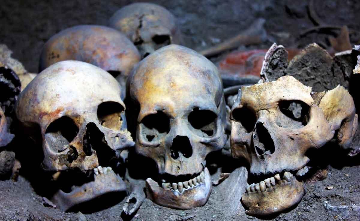 کشف شهر زیر زمینی مردگان در تهران (+عکس)