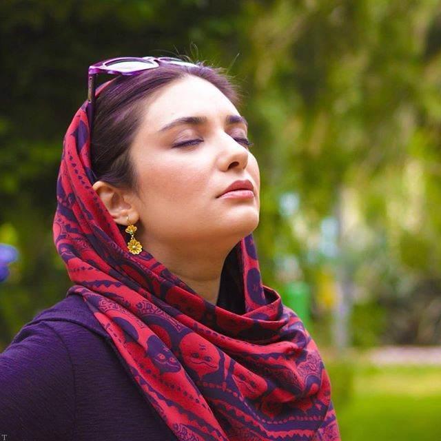گالری عکس های دیده نشده و داغ لیندا کیانی بازیگر