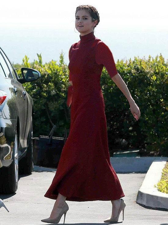 حضور سلنا گومز در جشن عروسی دوستش (+تصاویر)