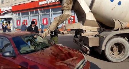 کار عجیب این مرد با ماشین همسر (+عکس)