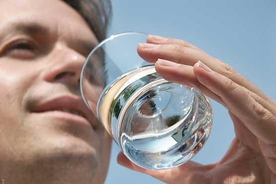 نکات مهمی در هنگام خوردن آب