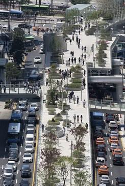 تبدیل بزرگراه متروکه سئول به گردشگاه عابر پیاده