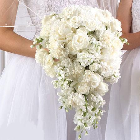 انواع جذاب ترین شاخه گل های زیبا برای عروس