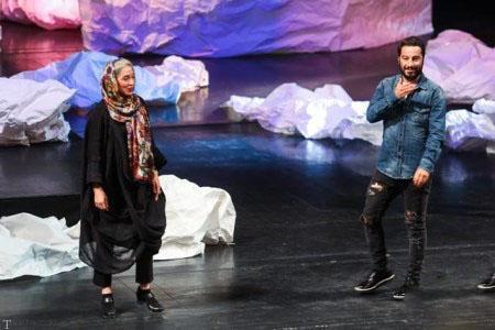 تصاویری از لباس های عجیب بازیگر نوید محمدزاده