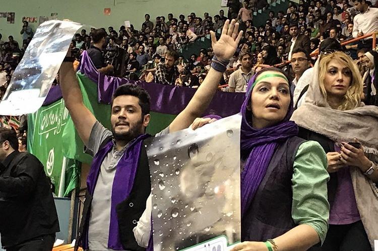 گزارشی از حضور هنرمندان در مراسم حمایت از حسن روحانی