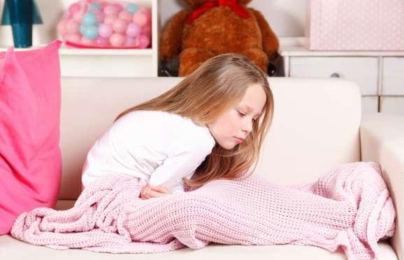 رابطه بین کودک و بالش