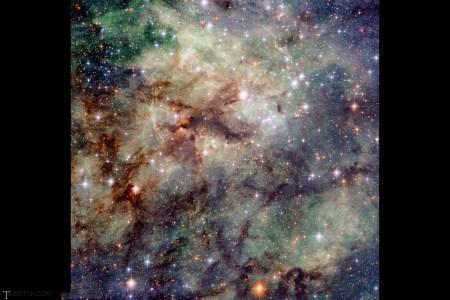 تصاویری زیبا از دورترین کهکشان های جهان