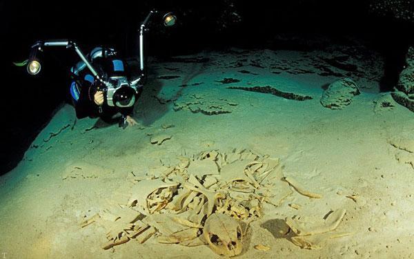 تصاویری از غار وحشتناکی در جزیره سیپادان