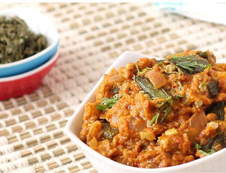 غذای خوشمزه و ساده «خورش بامیه»