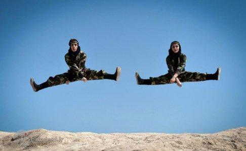 تصاویری از تمرینات نظامی سخت زنان نینجای ایرانی