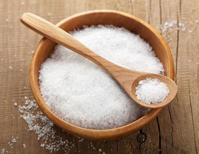 12 کاربرد شگفت انگیز نمک در خانه