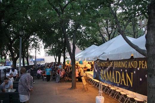 نگاهی به ماه رمضان در تمام کره زمین