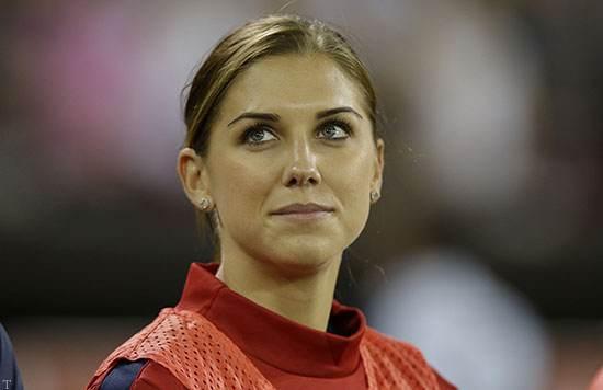 زیباترین و جذاب ترین زن فوتبالیست در تیم منچستر
