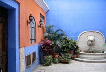 رنگ آمیزی دیوار حیاط با چه رنگ هایی؟ «طراحی آلمانی»