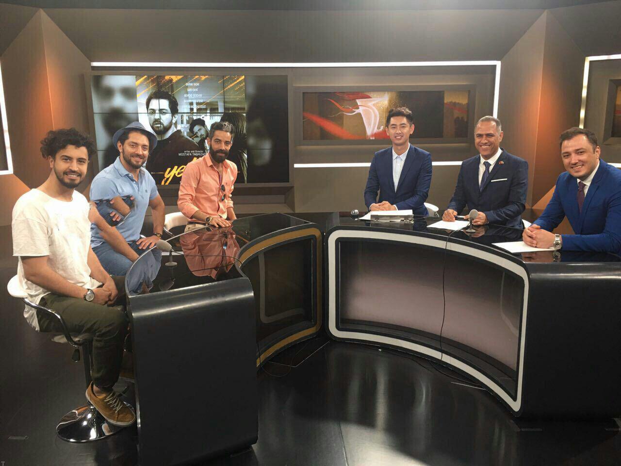 حضور بهرام رادان و مهرداد صدیقیان در تلویزیون شانگهاى چین