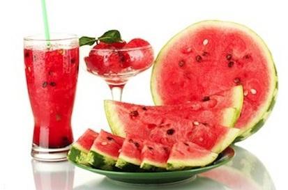 مصرف هندوانه برای کبد و کلیه مفید است