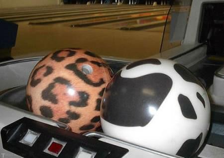 جذاب ترین مدل های توپ بولینگ (عکس)