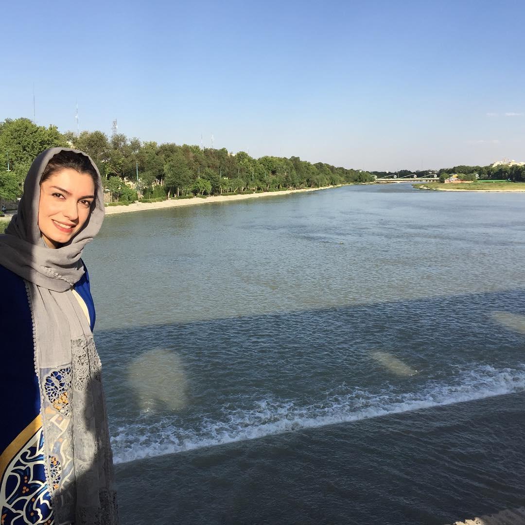 نوشته ها و عکس های جدید هنرمندان و بازیگران ایرانی (50)